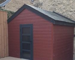 Menuiserie Gruet - Châtillon-sur-Seine - Bardage extérieur bois composite coloris rouge campagne