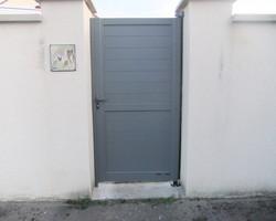 Menuiserie Gruet - Châtillon-sur-Seine - Portail aluminium battant motorisé et portillon aluminium