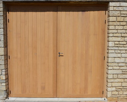 Menuiserie Gruet - 10360 Cunfin - Porte de garage battante